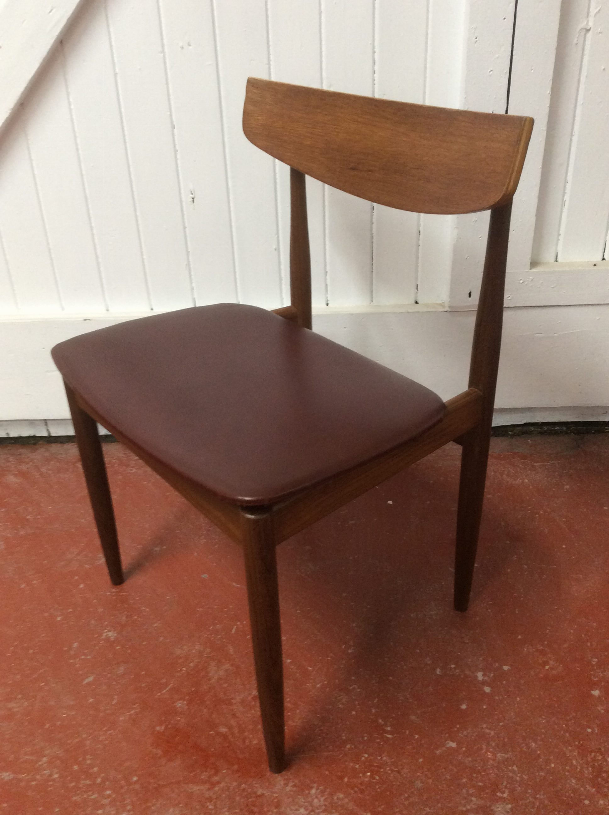 Learn furniture restoration in 1 day in central london for Furniture restoration